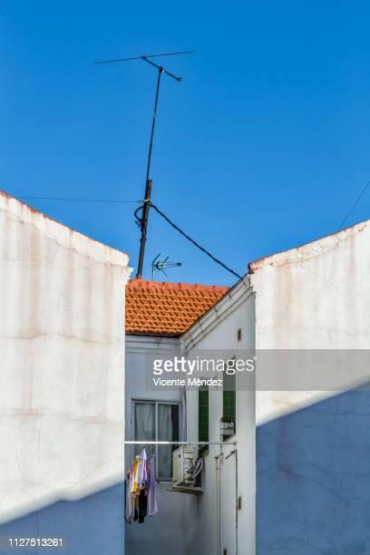 Antenna and inner courtyard