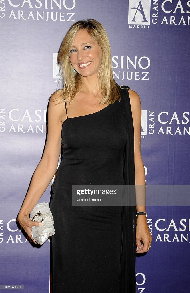 'Antennas Gold 2009', the arrival of the guests at the awards 'Golden Antenna', the TV presenter Marta Robles, 27th September 2009, 'Gran Casino de Aranjuez', Aranjuez, Spain. (Photos by Gianni Ferrari/ GettyImages