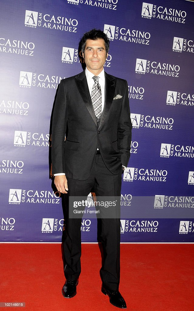 'Antennas Gold 2009', the arrival of the guests at the awards 'Golden Antenna', tghe TV presenter Jorge Fernandez, 27th September 2009, 'Gran Casino de Aranjuez', Aranjuez, Spain. (Photos by Gianni Ferrari/ GettyImages