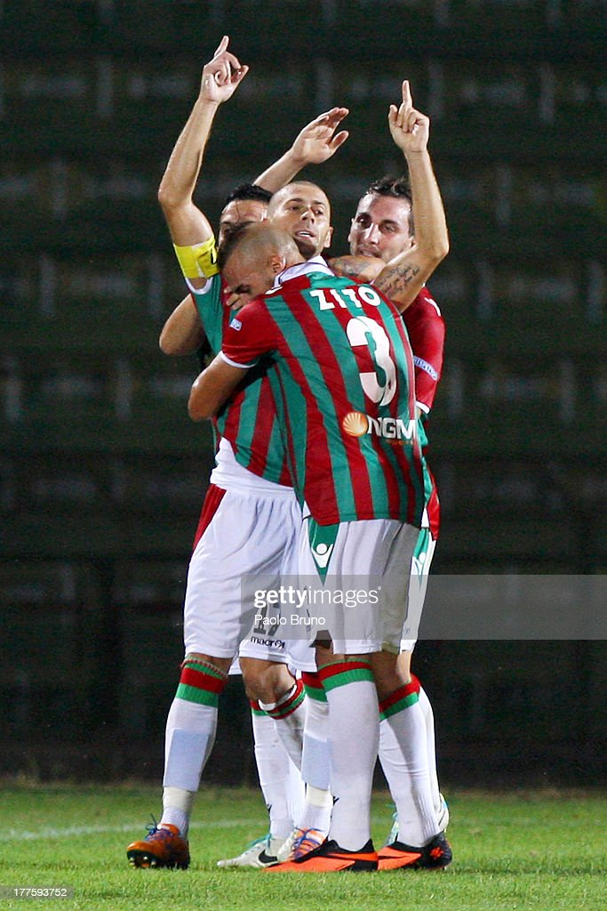 Antenucci Mirco (C) celebrates with team-mates after scoring the opening goal from the penalty spot during the Serie B match between Ternana Calcio and Carpi FC at Stadio Libero Liberati on August 24, 2013 in Terni, Italy.