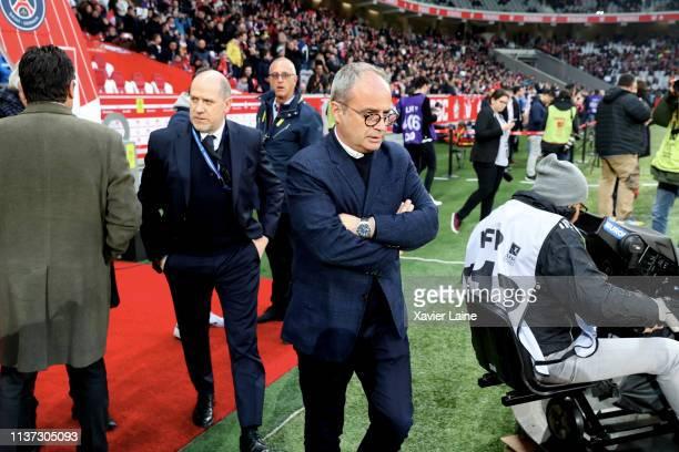 Antero Henrique of Paris Saint-Germain react with Luis Campos of Lille LOSC before the Ligue 1 match between Lille OSC and Paris Saint-Germain at...