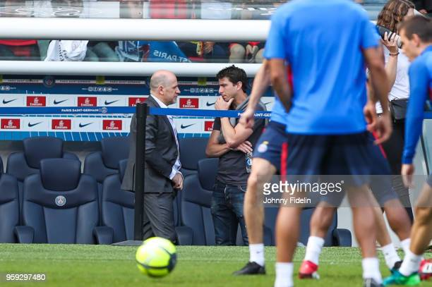 Antero Henrique sporting director and Maxwell Sherrer of PSG during the training session of Paris Saint Germain at Parc des Princes on May 16 2018 in...