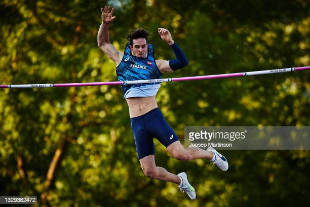 Anthony Ammirati of France competes in the Men's Pole Vault Final during European Athletics U20 Championships Day 4 at Kadriorg Stadium on July 18,...