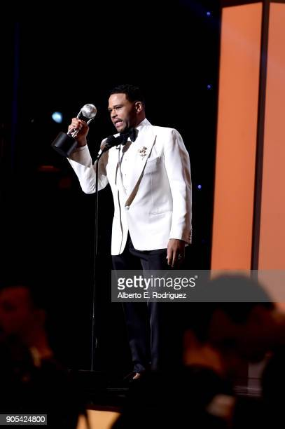 Anthony Anderson accepts the Outstanding Actor in a Comedy Series award for 'blackish' onstage during the 49th NAACP Image Awards at Pasadena Civic...