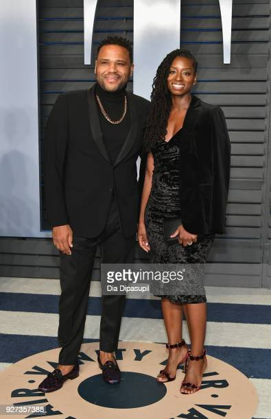 Anthony Anderson and Alvina Stewart attend the 2018 Vanity Fair Oscar Party hosted by Radhika Jones at Wallis Annenberg Center for the Performing...