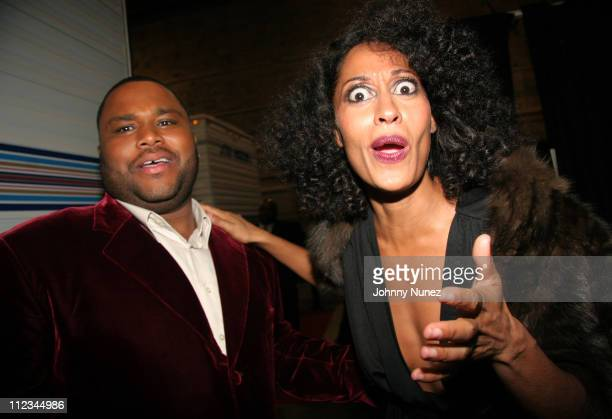 Anthony Anderson and Tracee Ellis Ross during 2005 Vibe Awards Backstage and Audience at Sony Studios in Culver City California United States