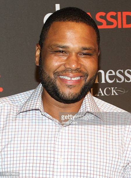 Anthony Anderson attends DJ Cassidy's 30th birthday celebration and the one year anniversary of Hennessy Black at the Intrepid SeaAirSpace Museum on...