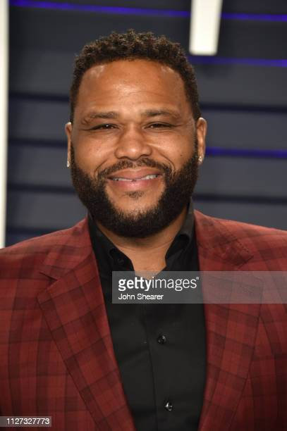 Anthony Anderson attends the 2019 Vanity Fair Oscar Party hosted by Radhika Jones at Wallis Annenberg Center for the Performing Arts on February 24...