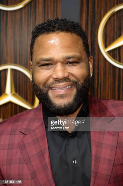 Anthony Anderson attends the MercedesBenz USA's Oscars viewing party at Four Seasons Hotel Los Angeles at Beverly Hills on February 24 2019 in Los...