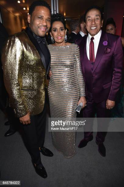 Anthony Anderson Frances Glandney and Smokey Robinson attends the 2017 Vanity Fair Oscar Party hosted by Graydon Carter at Wallis Annenberg Center...