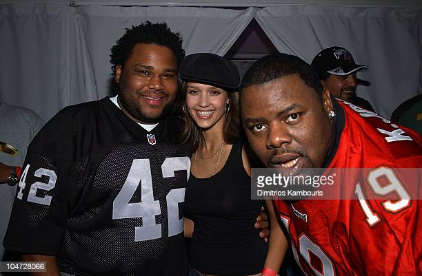 Anthony Anderson Jessica Alba and DJ Biz Markie during Sony Playstation 2 Game Over Party after the Super Bowl at W Hotel in San Diego California...