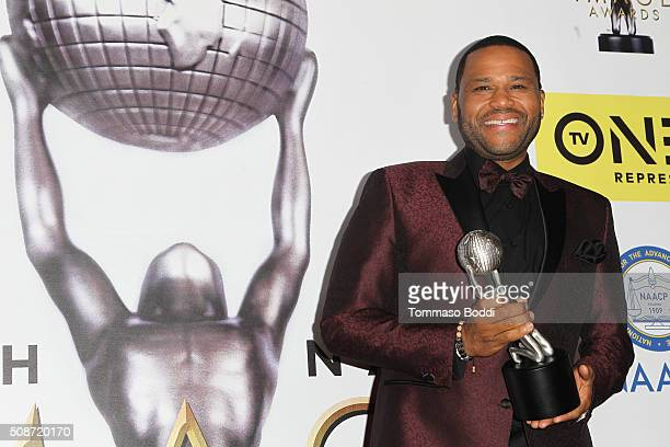 Anthony Anderson poses in the press room during the 47th NAACP Image Awards held at Pasadena Civic Auditorium on February 5 2016 in Pasadena...