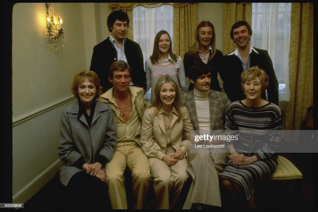 Anthony Andrews Fore 2L And Jean Marsh Rear 2R W Unident