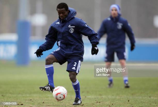Anthony Annan runs with the ball during a FC Schalke 04 training session at Schalke 04 training ground on February 1 2011 in Gelsenkirchen Germany