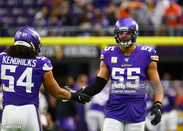 Anthony Barr of the Minnesota Vikings and Eric Kendricks of the Minnesota Vikings warm up before the game against the Denver Broncos at U.S. Bank...