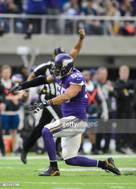 Anthony Barr of the Minnesota Vikings celebrates a play against the Chicago Bears during the game on December 31 2017 at US Bank Stadium in...
