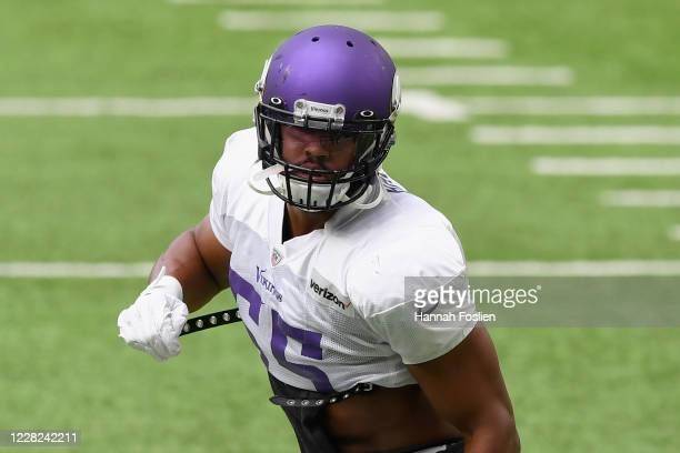 Anthony Barr of the Minnesota Vikings runs a drill during training camp on August 28, 2020 at U.S. Bank Stadium in Minneapolis, Minnesota.