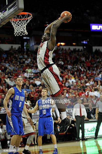 Anthony Bennett of the UNLV Rebels goes to the hoop for a slam dunk against the Air Force Falcons during a quarterfinal game of the Reese's Mountain...