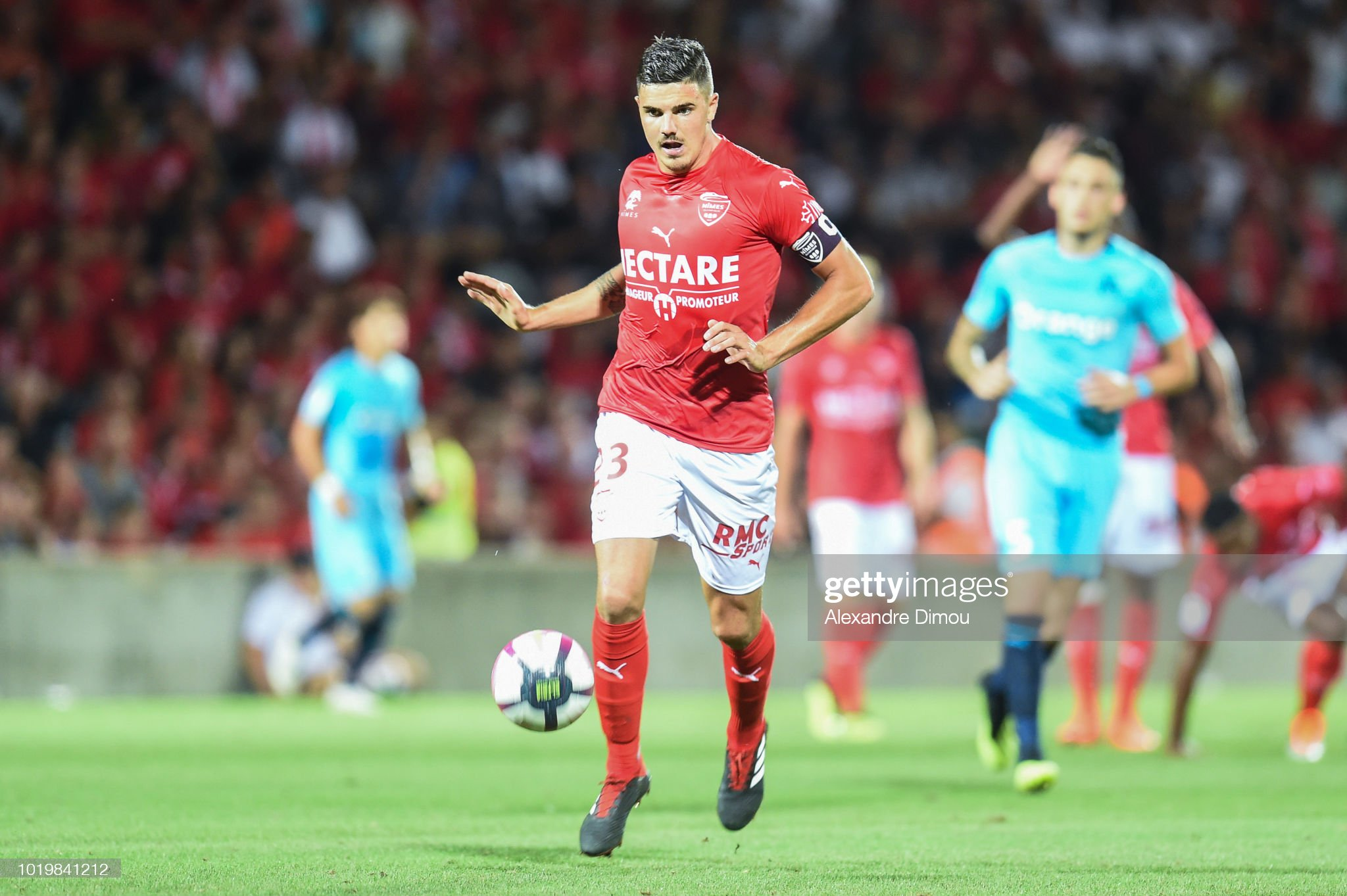 32 EME JOURNEE DE LIGUE 1 CONFORAMA : OM - NO  Anthony-briancon-of-nimes-during-the-french-ligue-1-match-between-picture-id1019841212?s=2048x2048