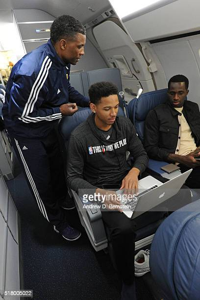 Anthony Brown and Brandon Bass of the Los Angeles Lakers watch film on the plane coming home after the game against the Phoenix Suns at Talking Stick...