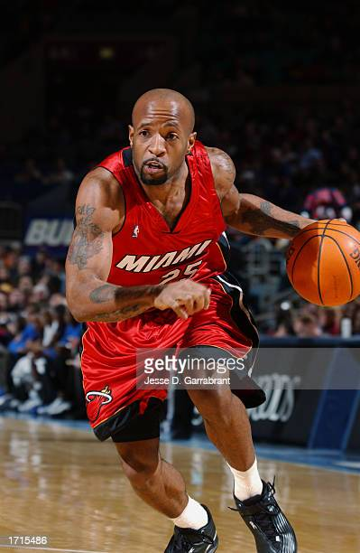 Anthony Carter of the Miami Heat drives to the basket during the NBA game against the New York Knicks at Madison Square Garden on December 22 2002 in...