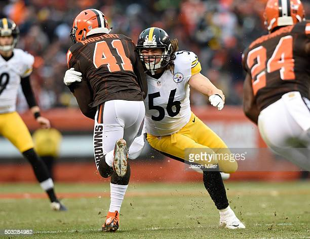 Anthony Chickillo of the Pittsburgh Steelers tackles Raheem Mostert of the Cleveland Browns during the third quarter at FirstEnergy Stadium on...