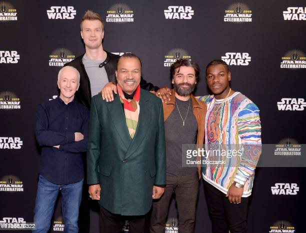 "Anthony Daniels , Joonas Suotamo , Billy Dee Williams , Oscar Isaac and John Boyega attend ""The Rise of Skywalker"" panel at the Star Wars Celebration..."