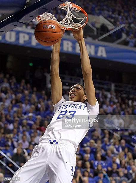 Anthony Davis of the Kentucky Wildcats dunks the ball during the game against the Chattanooga Mocs at Rupp Arena on December 17 2011 in Lexington...