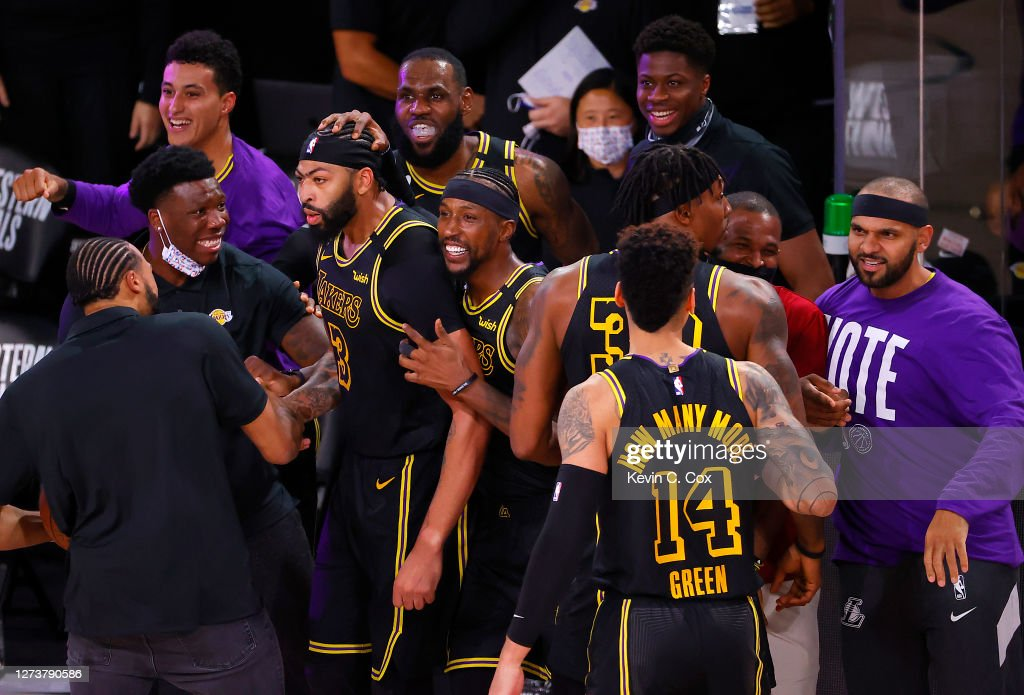 Denver Nuggets v Los Angeles Lakers - Game Two : News Photo