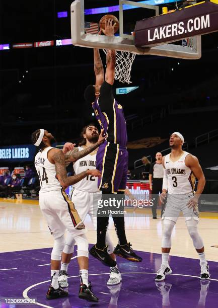 Anthony Davis of the Los Angeles Lakers dunks against the New Orleans Pelicans on January 15, 2021 at STAPLES Center in Los Angeles, California. NOTE...