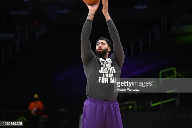 Anthony Davis of the Los Angeles Lakers warms up prior to a game against the Golden State Warriors on January 18, 2021 at STAPLES Center in Los...