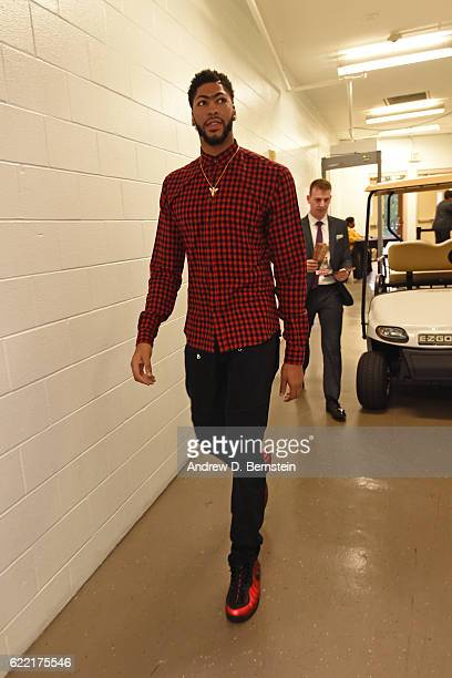 Anthony Davis of the New Orleans Pelicans arrives prior to the game against the Golden State Warriors at Smoothie King Center on October 28 2016 in...