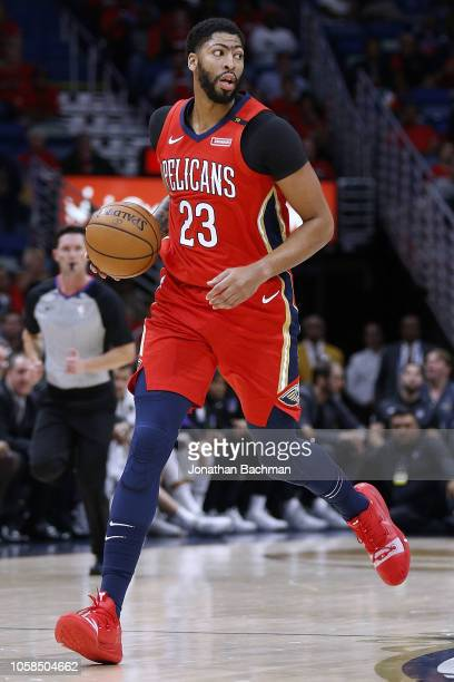 Anthony Davis of the New Orleans Pelicans drives with the ball during the first half against the Sacramento Kings at the Smoothie King Center on...