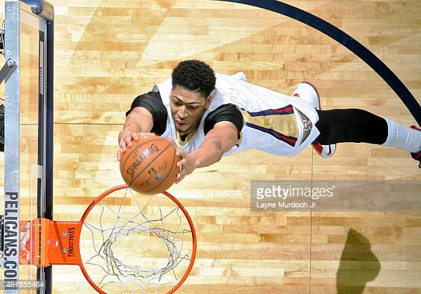 Anthony Davis of the New Orleans Pelicans goes to the basket against the Sacramento Kings on March 27 2015 at the Smoothie King Center in New Orleans...