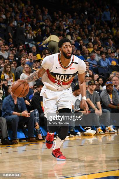 Anthony Davis of the New Orleans Pelicans handles the ball against the Golden State Warriors on January 16 2019 at ORACLE Arena in Oakland California...