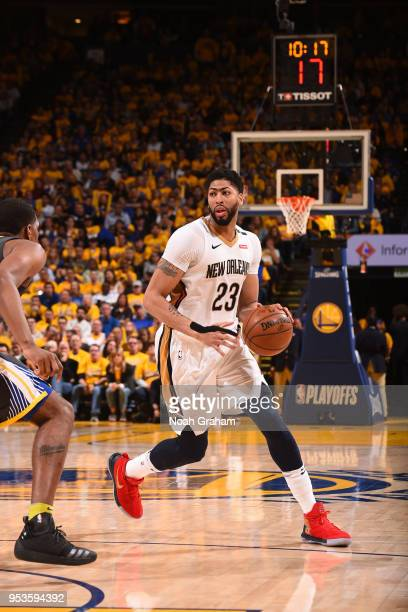 Anthony Davis of the New Orleans Pelicans handles the ball against the Golden State Warriors in Game Two of the Western Conference Semifinals during...