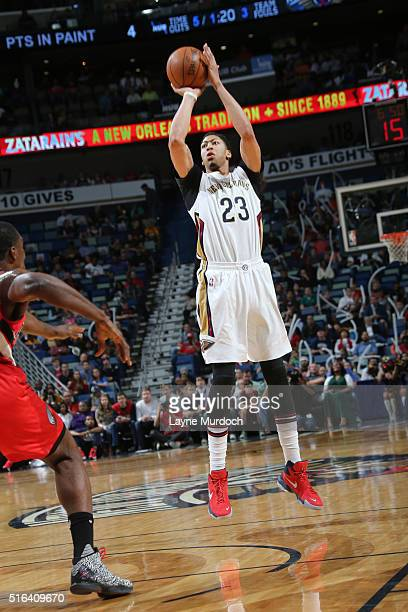 Anthony Davis of the New Orleans Pelicans shoots against the Portland Trail Blazers during the game on March 18 2016 at Smoothie King Center in New...