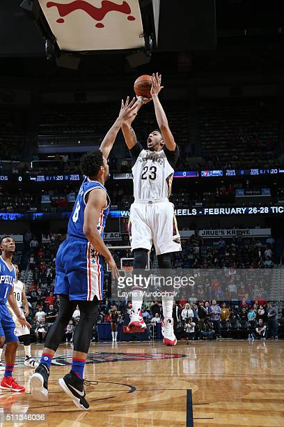 Anthony Davis of the New Orleans Pelicans shoots the ball against the Philadelphia 76ers on February 19 2016 at the Smoothie King Center in New...