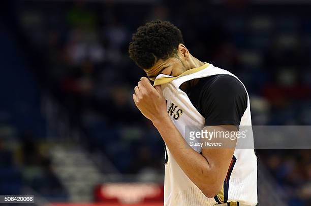 Anthony Davis of the New Orleans Pelicans walks to the bench during the second half of a game against the Detroit Pistons at the Smoothie King Center...