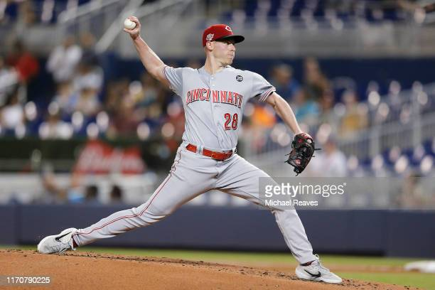 Anthony DeSclafani of the Cincinnati Reds delivers a pitch against the Miami Marlins during the first inning at Marlins Park on August 28, 2019 in...