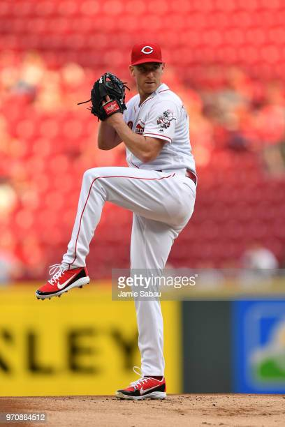 Anthony DeSclafani of the Cincinnati Reds pitches against the Colorado Rockies at Great American Ball Park on June 5 2018 in Cincinnati Ohio