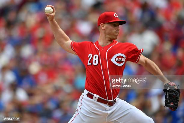 Anthony DeSclafani of the Cincinnati Reds pitches against the Chicago Cubs at Great American Ball Park on June 23, 2018 in Cincinnati, Ohio.