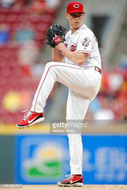Anthony DeSclafani of the Cincinnati Reds pitches during the game against the Pittsburgh Pirates at Great American Ball Park on July 21 2018 in...
