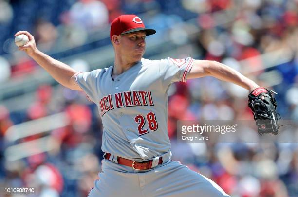 Anthony DeSclafani of the Cincinnati Reds pitches in the first inning against the Washington Nationals during game one of a doubleheader at Nationals...