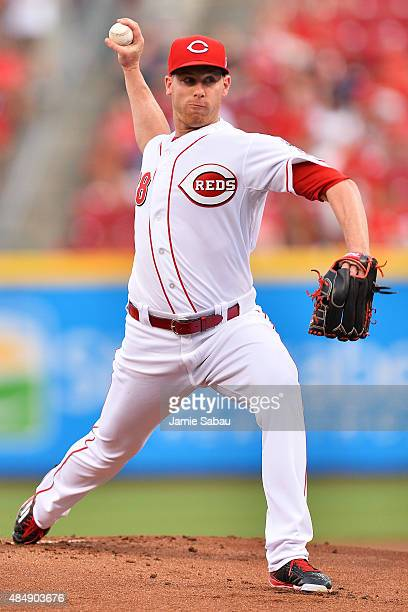 Anthony DeSclafani of the Cincinnati Reds pitches in the first inning against the Arizona Diamondbacks at Great American Ball Park on August 22 2015...