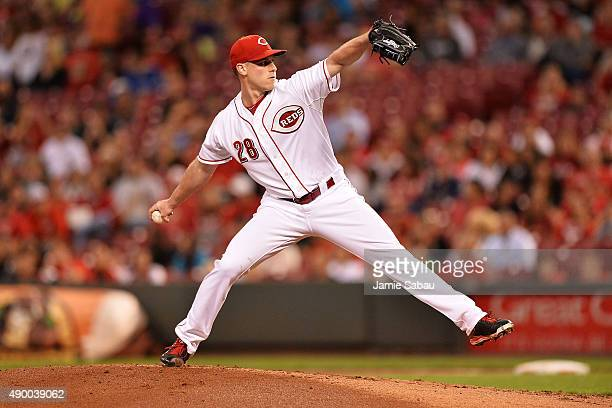 Anthony DeSclafani of the Cincinnati Reds pitches in the second inning against the New York Mets at Great American Ball Park on September 25 2015 in...