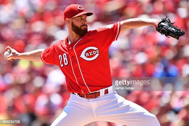 Anthony DeSclafani of the Cincinnati Reds pitches in the second inning against the Los Angeles Dodgers at Great American Ball Park on August 21 2016...