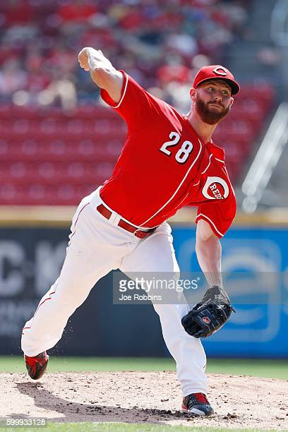 Anthony DeSclafani of the Cincinnati Reds pitches in the second inning against the New York Mets at Great American Ball Park on September 7 2016 in...