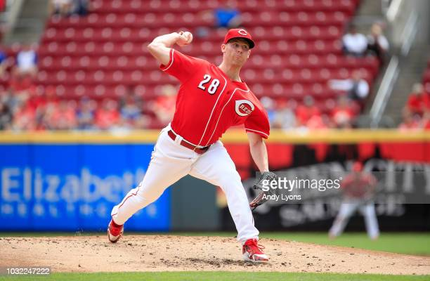 Anthony DeSclafani of the Cincinnati Reds throws a pitch against the Los Angeles Dodgers at Great American Ball Park on September 12 2018 in...