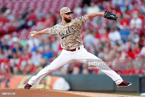 Anthony DeSclafani of the Cincinnati Reds throws a pitch during the first inning of the game against the St Louis Cardinals at Great American Ball...